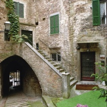 Via Mattioli - casa del poeta Sandro Penna
