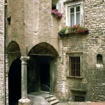 Via del Bufalo - loggetta