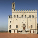 Gubbio dal comune alla signoria: mutamenti sociali e nuovi assetti urbanistici di una città medievale
